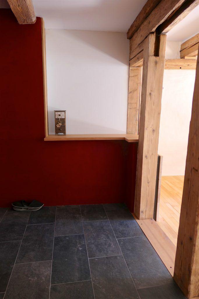 Umbau Spiegelgasse Brugg 2. Obergeschoss Süd, Erweiterung Eingang, Erker über Treppenhaus, Sims Buchenholz geölt
