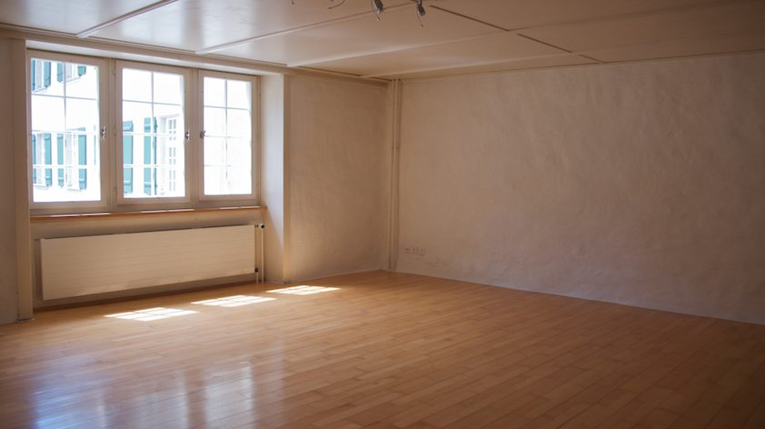 Umbau Spiegelgasse Brugg 2. Obergeschoss Süd, vor dem Umbau, Fenster