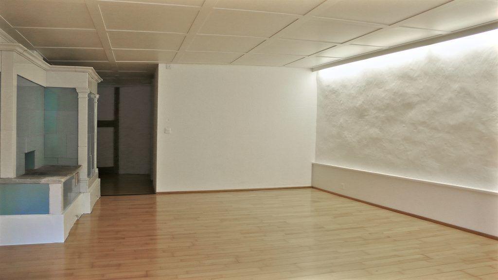 Umbau Spiegelgasse Brugg Wohnung 2. Obergeschoss Nord Ansicht Zimmer, Kachelofen