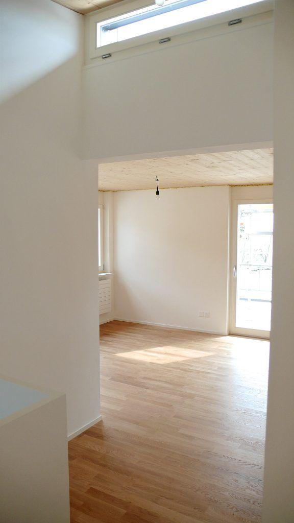 5 Einfamilienhäuser Klingnau Gang-Zimmer OG